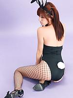 Mana Mizuno Asian bunny shows naughty behind in fishnet stockings